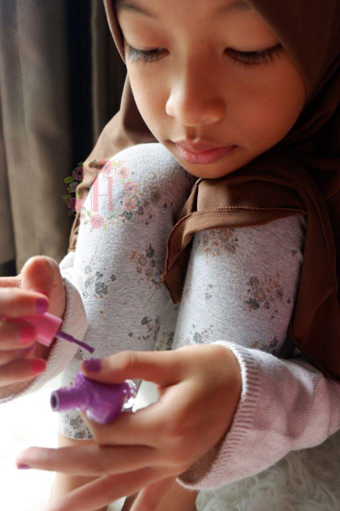 kutek anak kutek anak mudah dibersihkan kutek anak aman kutek anak amara kutak anak bagus kutek anak tanpa aseton kutek anak yang mudah dikelupas